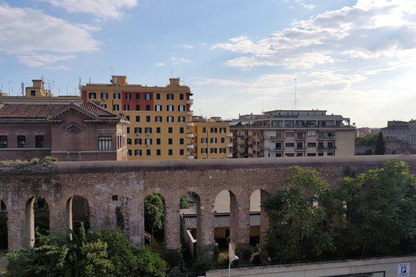 Locazione Piazza Lodi Via Casilina E 800