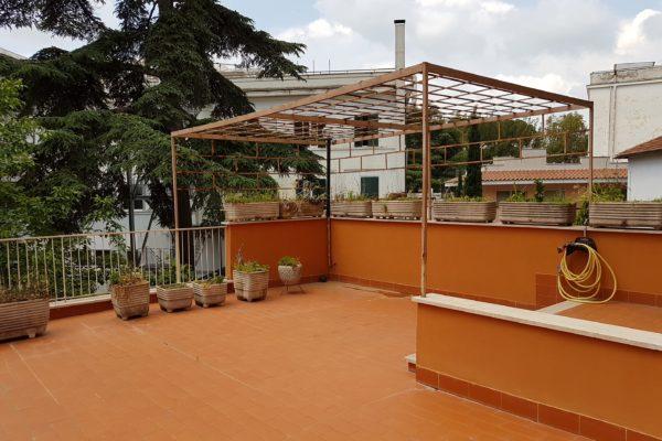 Vendita trilocale Pineta Sacchetti Via Cardinal Salotti E. 229000