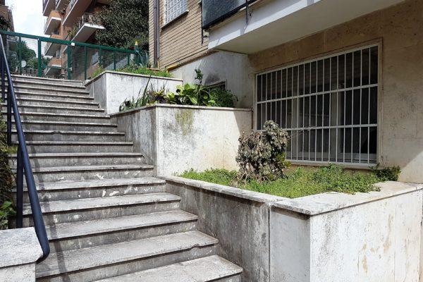 Vendita monolocale Cassia Via Gradoli E. 119000
