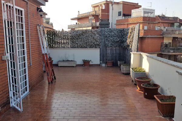 Locazione superattico con terrazzo Talenti Via Albertazzi E 710