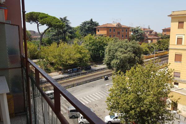 Locazione trilocale Pigneto Via Casilina E 850