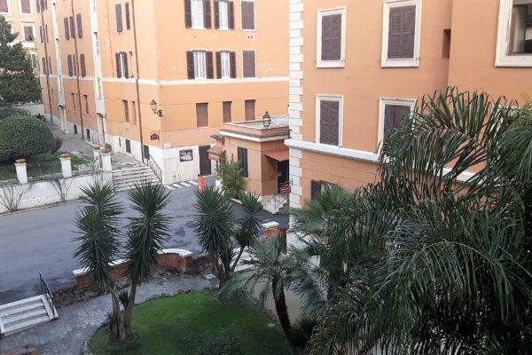 Locazione bilocale Re Di Roma Via Foligno E 835