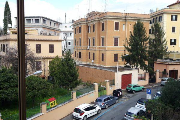 Locazione bilocale Aventino Via Miani E 1050