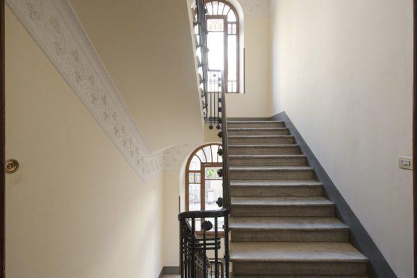Vendita Centro Storico Via San Vitale 728000