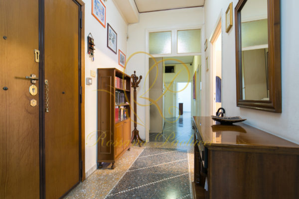 Vendita Via Sant'Antonio Maria Gianelli E 290000