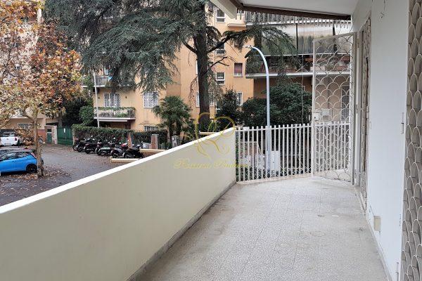 Locazione quadrilocale con terrazzo Corso Sempione Via Monte Trina E 1180