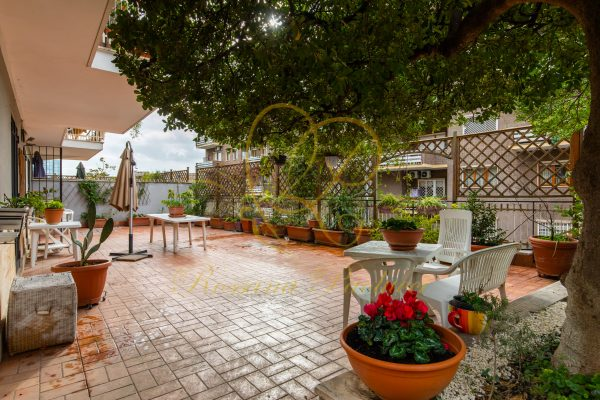 Vendita quadrilocale con giardino Nomentana Via Achillini E 490000