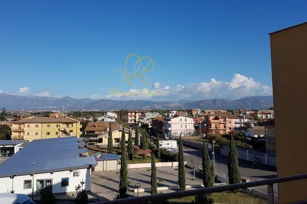 Locazione Trilocale Castelverde (Lunghezza) Via Rosciano E 700