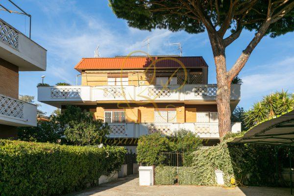 Vendita Trilocale Lavinio Via Stella Marina E 108000